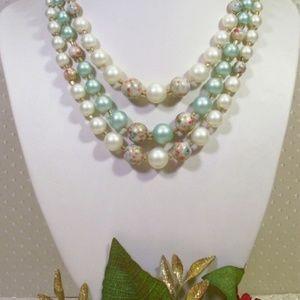 R-1561 Vintage 3-Strand Green Pearl Splatter Bead